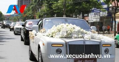 Kinh nghiệm trang trí xe hoa cưới